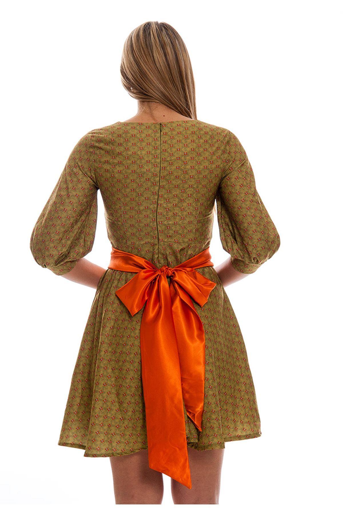 Yeşil Çiçek Desenli Saten Kemerli Kadın Elbise F3-121415