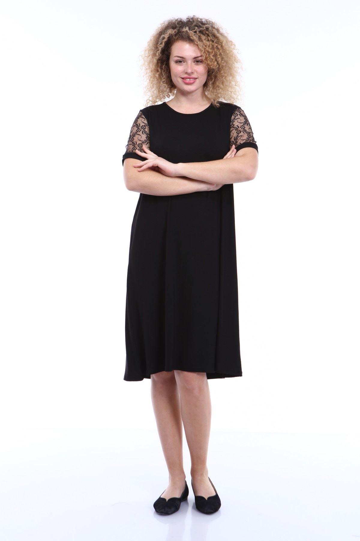 Kol Detaylı Büyük Beden Siyah Elbise 2C-1789